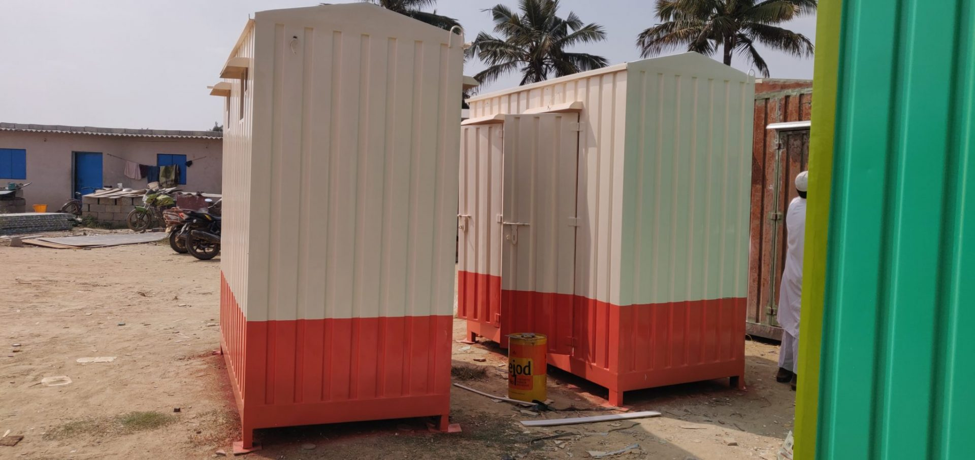 Potable toilets on rent